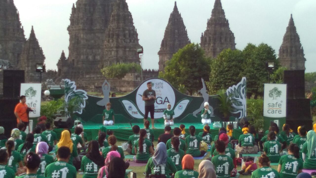 Safe Healthy Yoga At Prambanan Temple Taman Wisata Candi